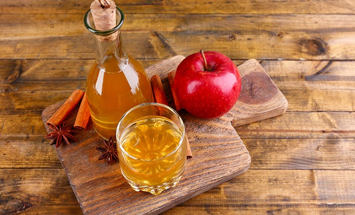 Why You Should Try An Apple Cider Vinegar Cleanse